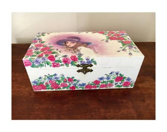 Retro jewellery box working