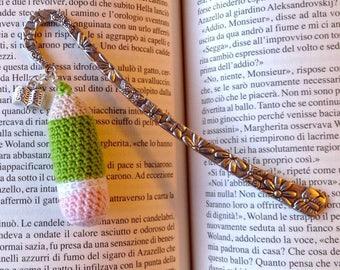 Bookmark hook with green pencil amigurumi and book
