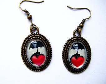 Earrings cabochon oval black cat on red heart