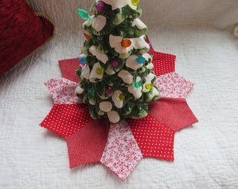 Quilted Mini Tree Skirt Or Collar Red White Ties Christmas Decor Gift Craft Handmade