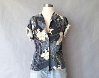 vintage silk blouse/floral blouse/short sleeve/tropical tommy bahama women's size S/M