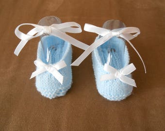 ballerina style baby booties