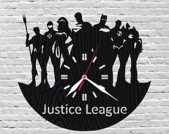 Christmas presents/Justice league clock/Superhero/Batman/Superman/Dc comics/Green lantern/Wonder woman/Superhero birthday/Superhero room