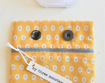Friendly Monster Pouch with Gray Zipper Lips