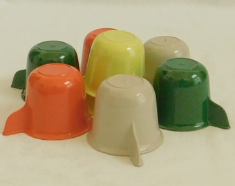 Vintage Multicolored Plastic Cups for Picnic Basket, 1 Set, Country Color Mugs, Melmac Type, Gray, Green, Orange, Yellow, Mid Century, Retro