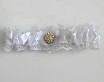 Bridal garter Wedding garters White bridal garter Wedding gift Custom garter Bridal accessories Lingerie and Garters Weddings Garter Bridal