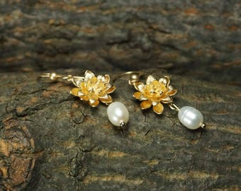 Gold-Plated Flower, Fresh Water Pearl Earrings