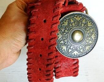 Genuine suede red belt with large round metal bronze buckle western leather belt women vintage 90s