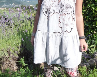 Embroidered short cotton dress