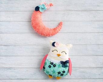 Baby gift Owl nursery garland Coral navy decor Girls room decor Kids room bunting Baby garlands Felt wall decoration Coral room Cute nursery