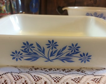 Vintage Anchor Hocking casserole dish #435, Fire king cookware,Blue flowers,Kitchen and Dining, home and Living,Kitchen decor.