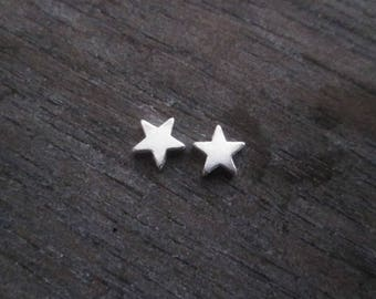 SET OF 2 SILVER STAR BEADS
