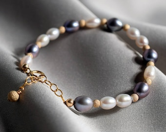 OPENING SALE 20% Off: Natural Fresh Water Pearl Bracelet/Rare Gray Color Pearl/14K Gold Filled/Perfect gift/Unique/The Only Piece