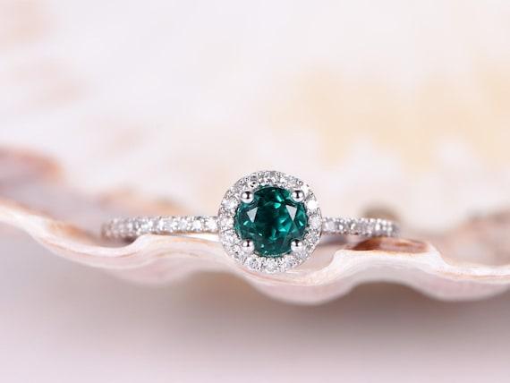 Emerald Engagement Ring,Emerald Ring,5mm Round Cut Gemstone,Diamond Wedding Band,Delicate Jewelry,Stacking Ring,14k White Gold Bridal Ring