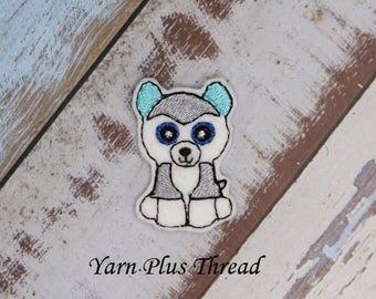 Grey Husky Feltie Embroidery Design
