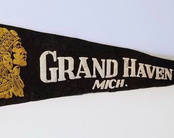 Grand Haven, Michigan - Vintage Pennant