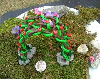 Miniature trellis, fairy gardens, gnome gardens, handmade, polymer clay, miniatures, vines, roses