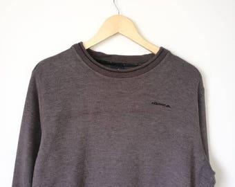 On Sale! Vintage 90s ELLESSE Jumper Pullover Sweatshirt Small Logo Rap Tee Hip Hop Swag Medium Size