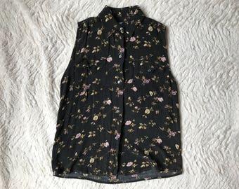 Women's Small Black Floral Sleeveless Blouse