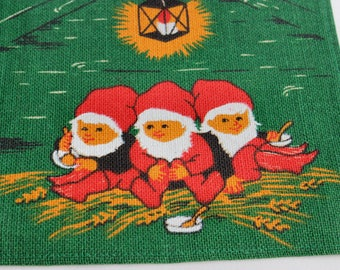 Decorative Christmas vintage 60s retro green Table runner with handprinted santas & ornaments. Made in Sweden Scandinavian.