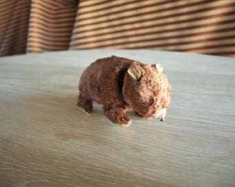 Vintage Fur Covered Wind Up Toy Brown Bear Made in Japan – missing key and original box