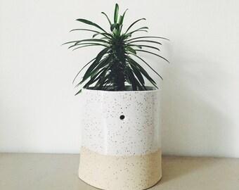 POT plant sand - planter - standard size - white and beige - sand clay - handmade - gift idea - home decoration idea - design-