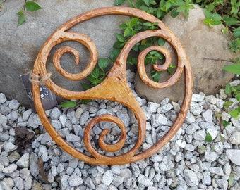 Hand-Carved * Triskele ( Trinity Knot )