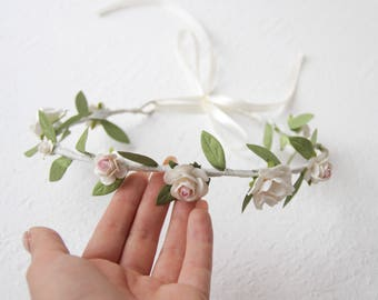 Floral Head Wreath Wedding Flower Tiara Beauty Pageant Princess Bridal Prom Hair Clip Photo Prop Baby White Spring Flower Crown Hairpiece