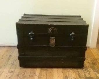Old Wooden Trunk, Vintage Wood And Metal Chest, Vintage Steamer Trunk,  Blanket Trunk