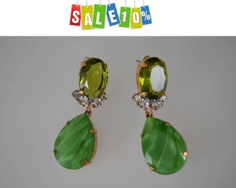 Olivine crystal glass earrings