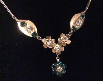 Beautiful Green Rhinestone Necklace