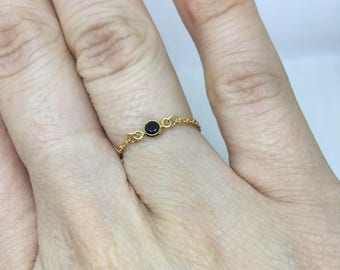 Set black Zirconium ring with chain / gold plated