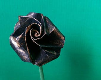 Small pink black color with leaves in real Origami (F_021)