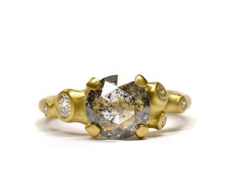 Stormy Barnacle Cluster Ring