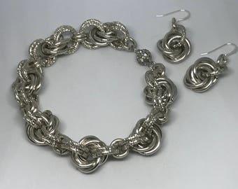 Technical aluminum chainmaille bracelet