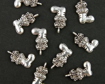 10 charms boot filled with gifts
