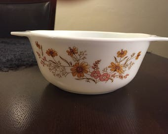 Pyrex Country Autumn pattern Casserole Dish made in England