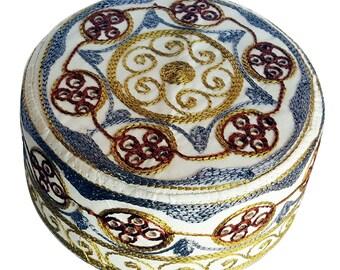 Muslim Men's kufi hats skull Embroidered caps Kufi  Islam Cap Kofi Gold Rust 01