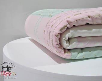Modern, cot, quilt, baby girl, nursery, soft, design, zig zag, pink