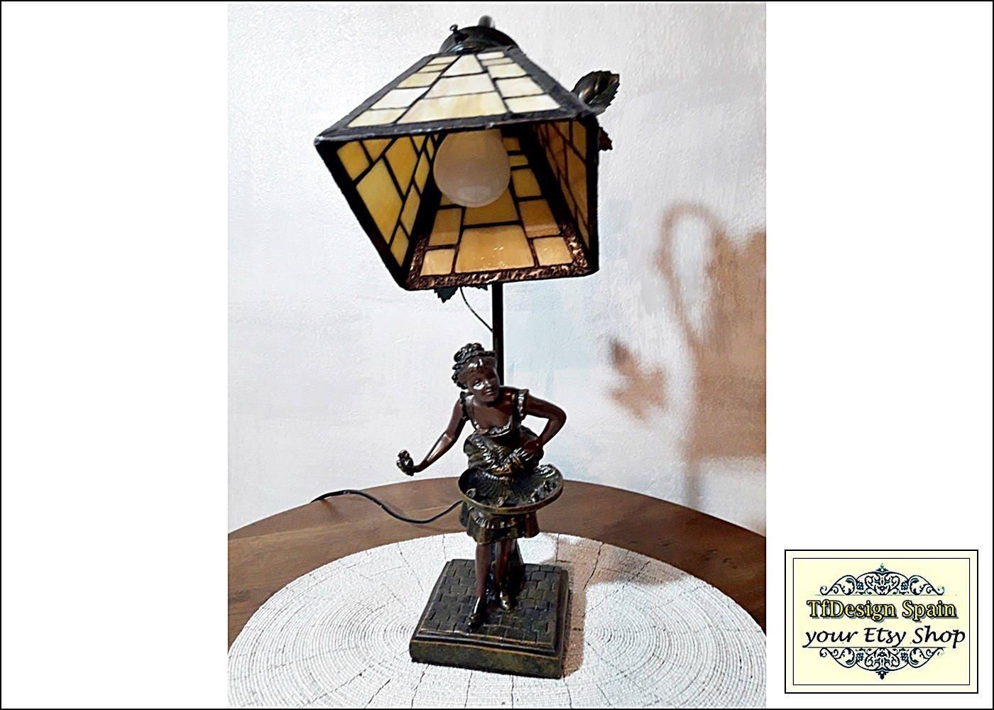 Tiffany lamp etsy tiffany lamp lady tiffany lamp design - Muebles pintados vintage ...