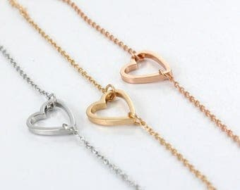 Gold Heart Bracelet - Heart Charm - Mothers Gift - Sisters Gift- Bridesmaid Gift - Wedding - Gift for her
