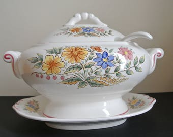Soup bowl - Tureen with lid and Dish - porcelain-Japan