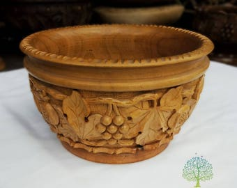 Big handmade Walnut Wood Carved Bowl - Armenian Bowl - hand carved bowl - Wooden vase - fruit bowl - wooden Candy dish - wooden carved vase
