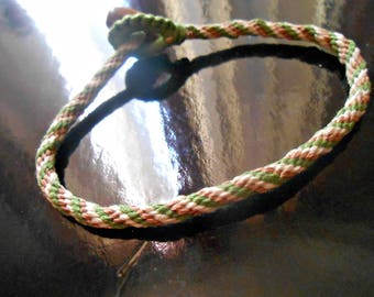 """""""Kumihimo"""" bracelet 3 colors, woven with cotton thread"""