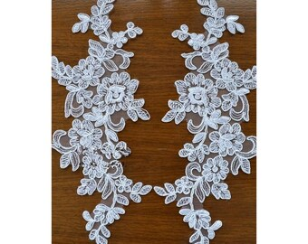 1 Pair Bridal Lace Applique DIY Trim Appliques in White for Weddings,   Sashes, Veils, Headpieces, WL1706