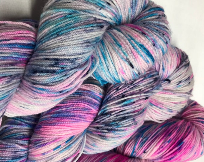 100g Superwash Merino / Nylon Sock Yarn 4 ply, fingering, hand dyed in Scotland, pink, turquoise, navy speckle 'pan shot'