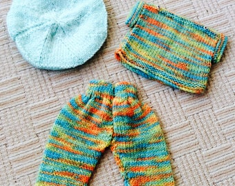 Dolly dress up Hand knits