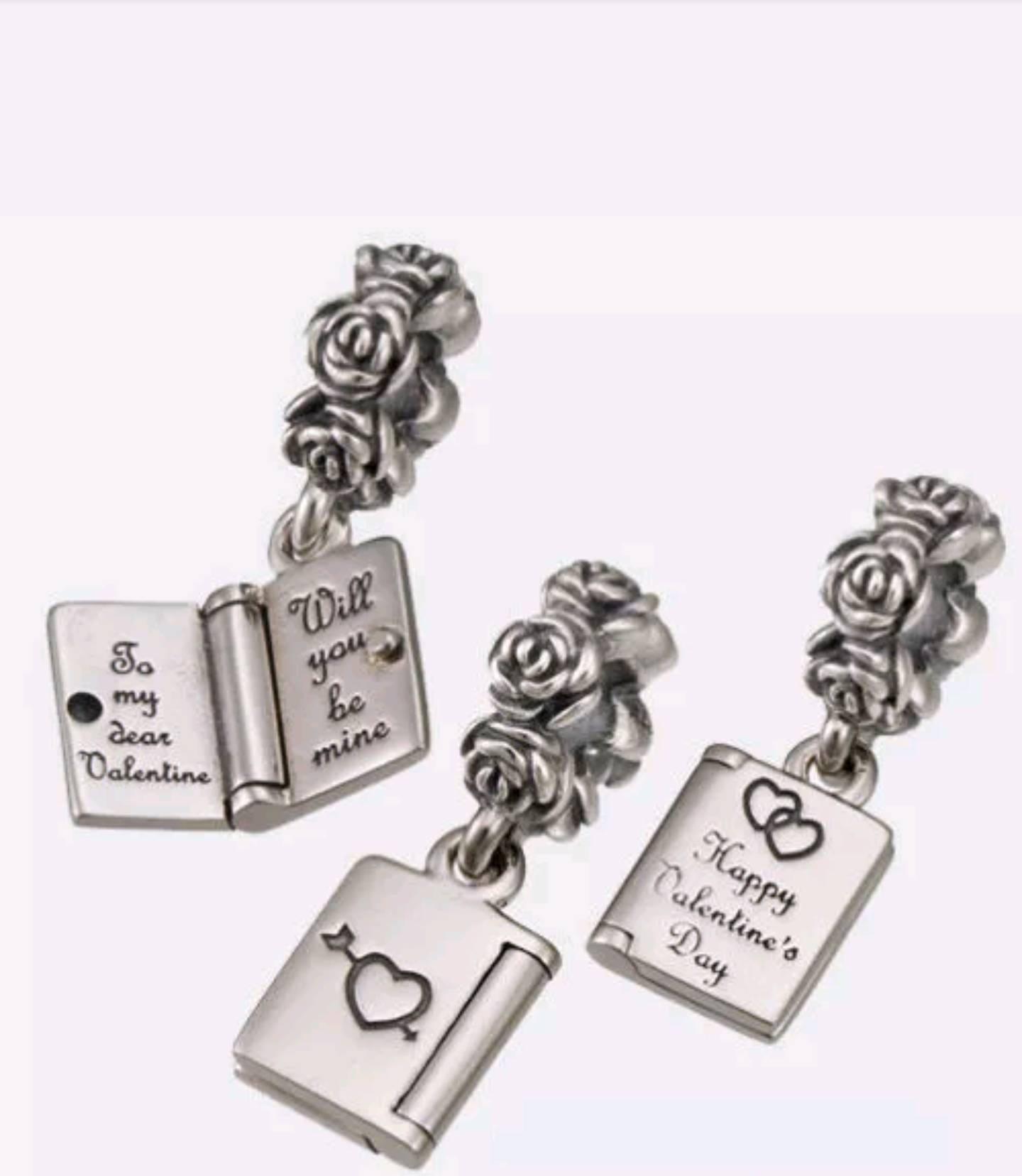 pandora valentines love note dangle charm