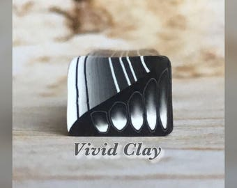 Polymer clay cane, black/white