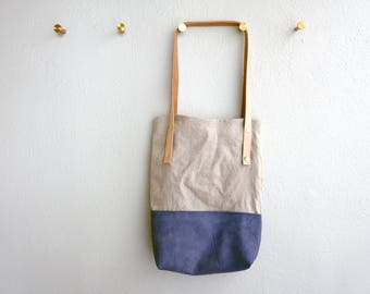 The Easy Tote - Purple leather and Italian linen in a slouchy minimalist bag